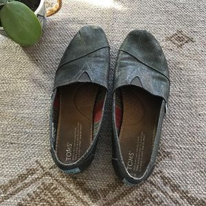 Toms Metallic Silver Classic Slip On shoes size 8